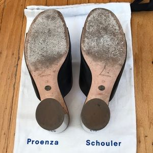 Proenza Schouler Shoes - Proenza Schouler mules 🎱